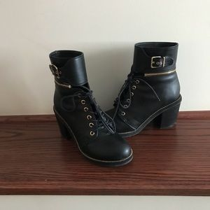 Going out/ sexy boots! WORN ONCE, Great condition!